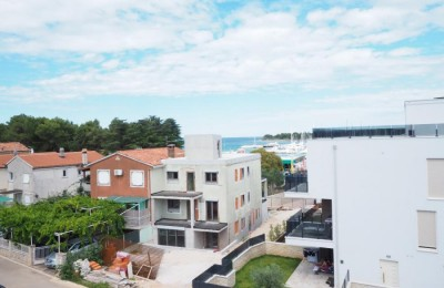 Apartment near the center and marina in Novigrad