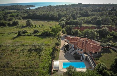 House with Pool and garden - Umag